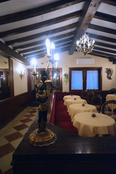 dettaglio sala pranzo hotel venezia