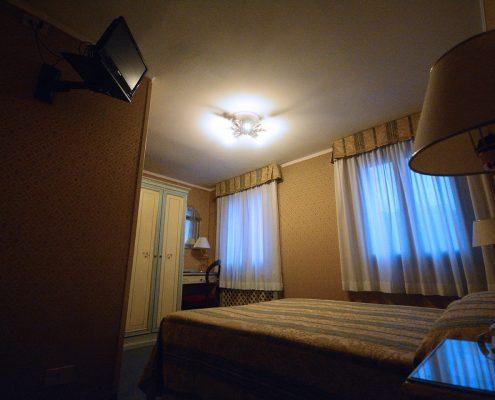 tv camera albergo venezia