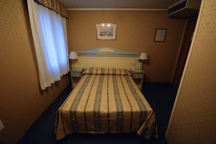 camera hotel venezia 2 stelle