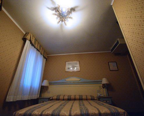 interno stanza albergo venezia