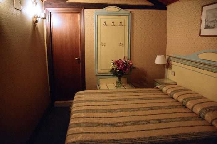 stanza albergo last minute venezia