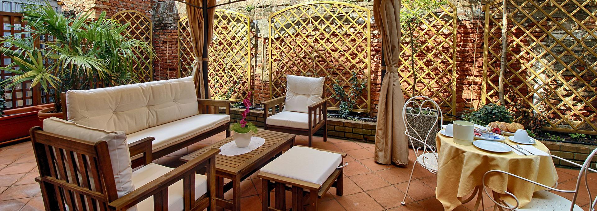 esterno terrazza hotel falier