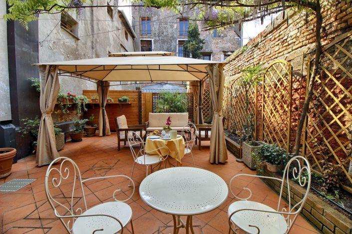 gazebo terrazza hotel 2 stelle a venezia